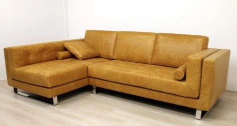 Come valorizzare il tuo soggiorno con un divano su misura
