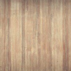 Boiserie per rivestire di legno le pareti: quanto costa? Come metterla?